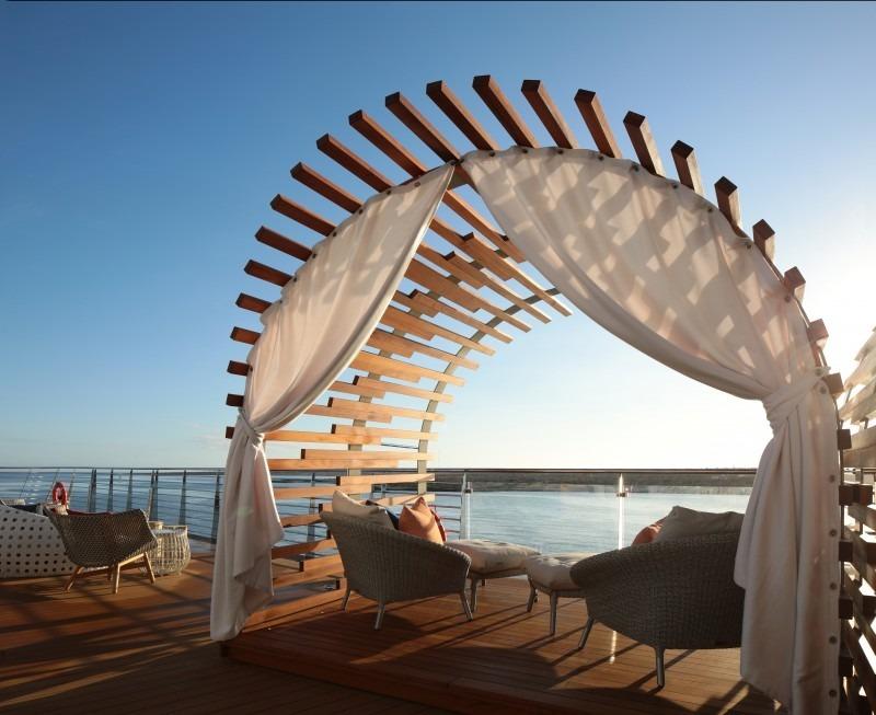 Круизный лайнер Celebrity Flora - Galapagos Glamping