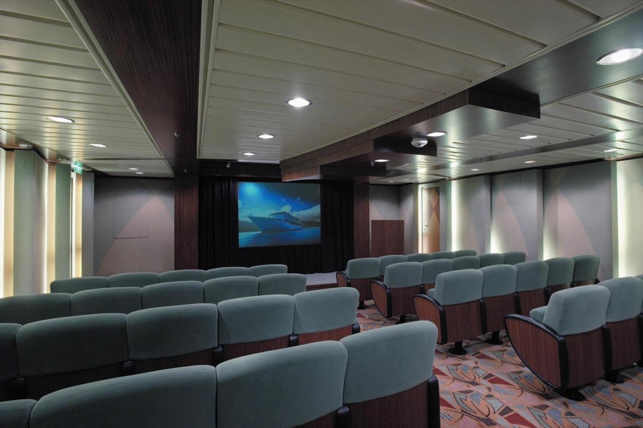 Круизный лайнер Explorer of the Seas - Кинотеатр (Screening Room)