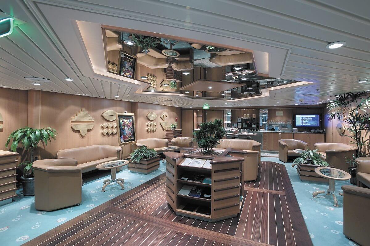 Круизный лайнер Explorer of the Seas - Клуб (Concierge Club)