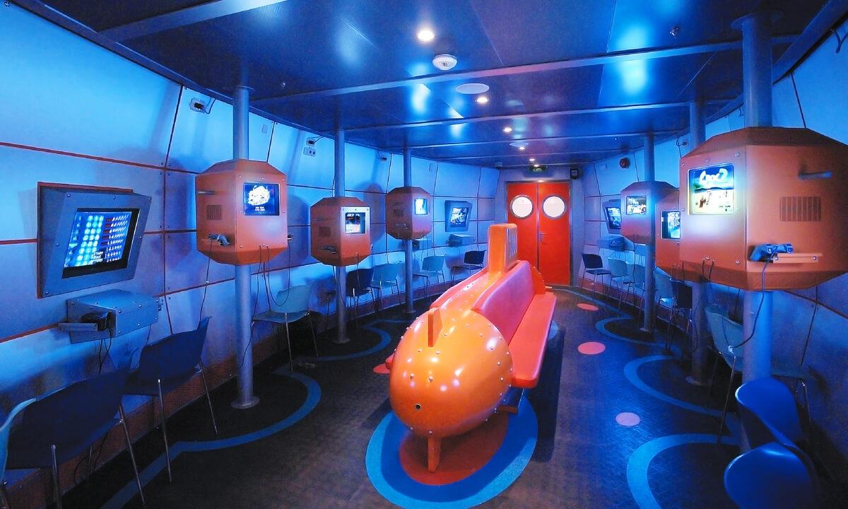 Круизный лайнер Explorer of the Seas - Виртуальный мир (Virtual Sub)