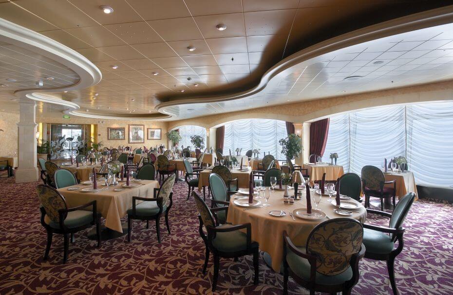 Круизный лайнер Explorer of the Seas - Итальянский ресторан (Portofino Dine)