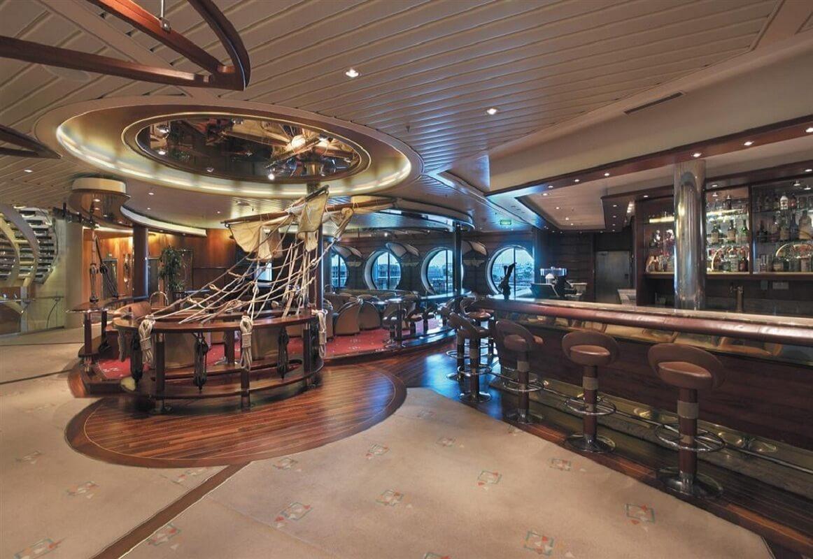 Круизный лайнер Explorer of the Seas - Шхуна-бар (Schooner Bar)