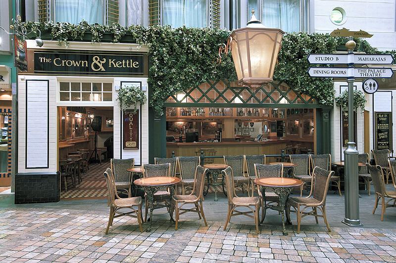 Круизный лайнер Explorer of the Seas - Кафе (Crown Kettle)
