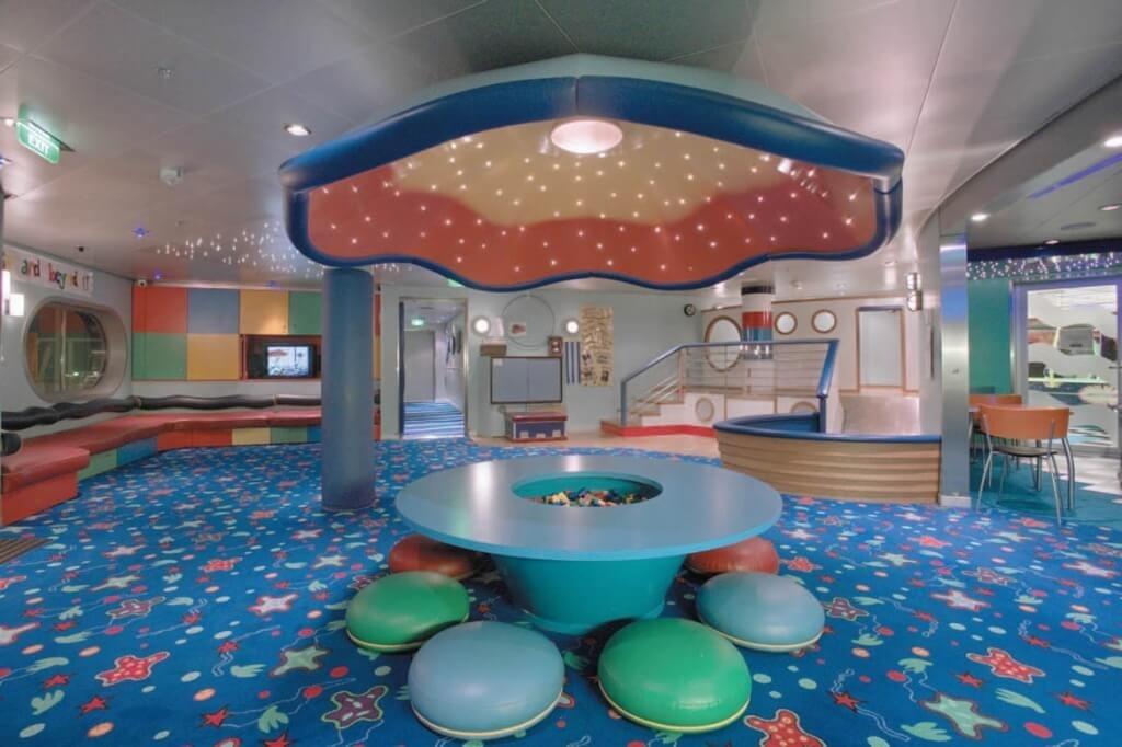 Круизный лайнер Explorer of the Seas - Детский клуб (Aquanauts)