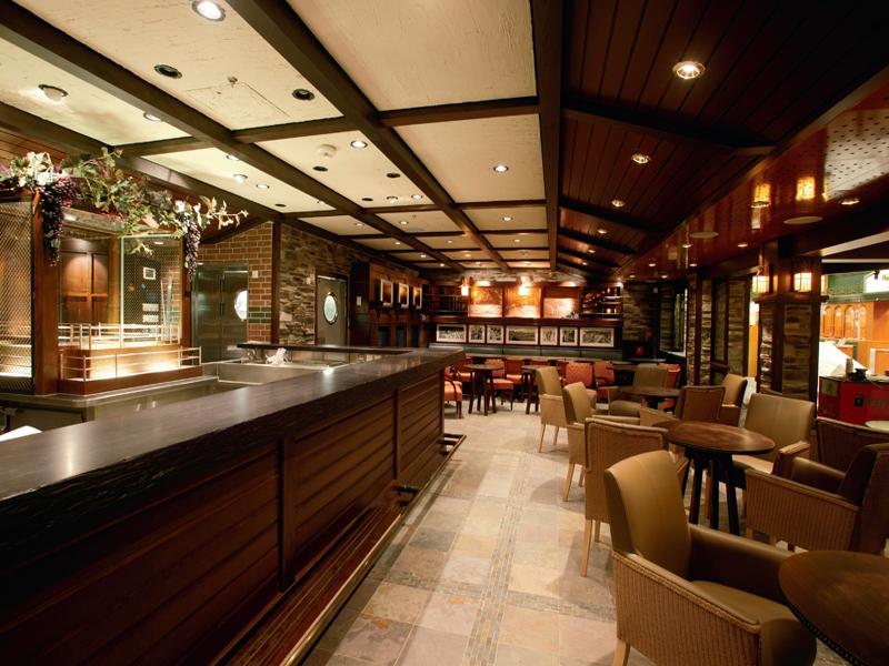 Круизный лайнер Freedom of the Seas - Винный ресторан (Vintages)