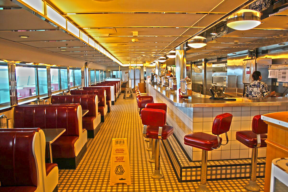 Круизный лайнер Freedom of the Seas - Ресторан Johnny Rockets (Johnny Rockets)
