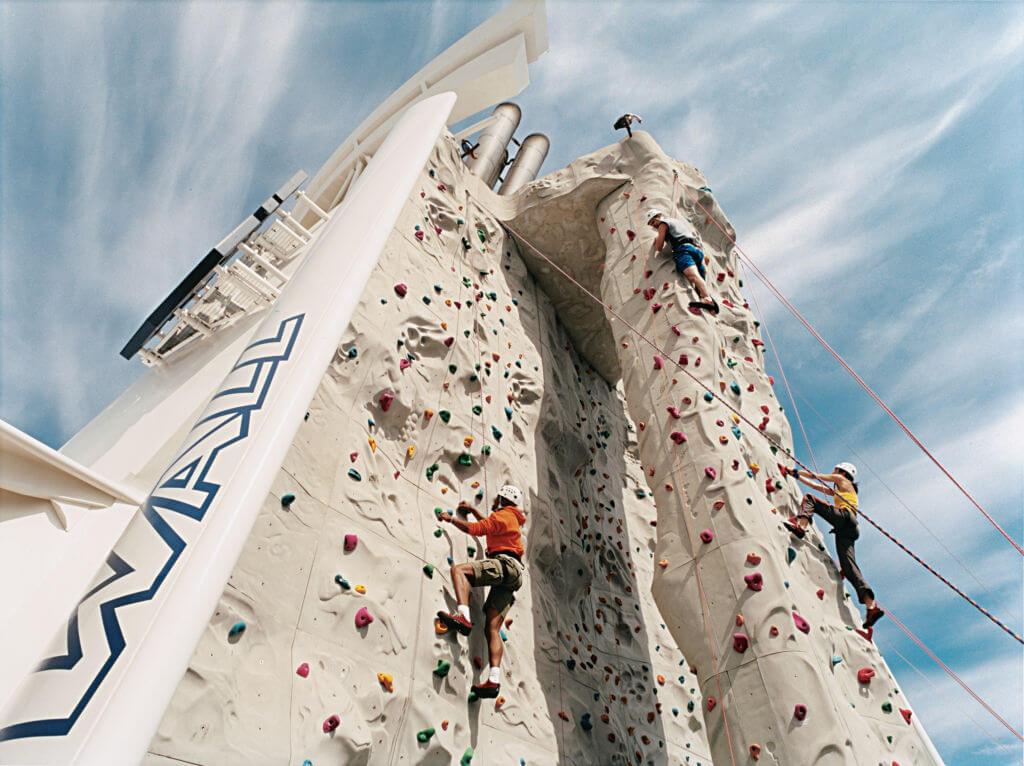 Круизный лайнер Freedom of the Seas - Скалодром (Rock Wall)