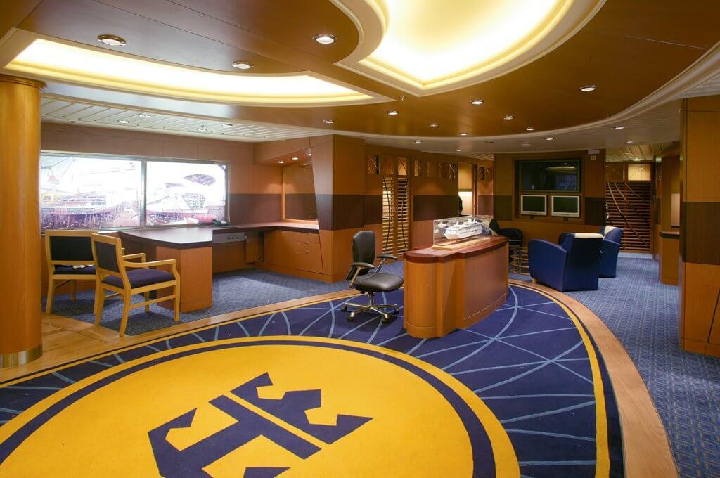 Круизный лайнер Freedom of the Seas - Офис (Office Space)