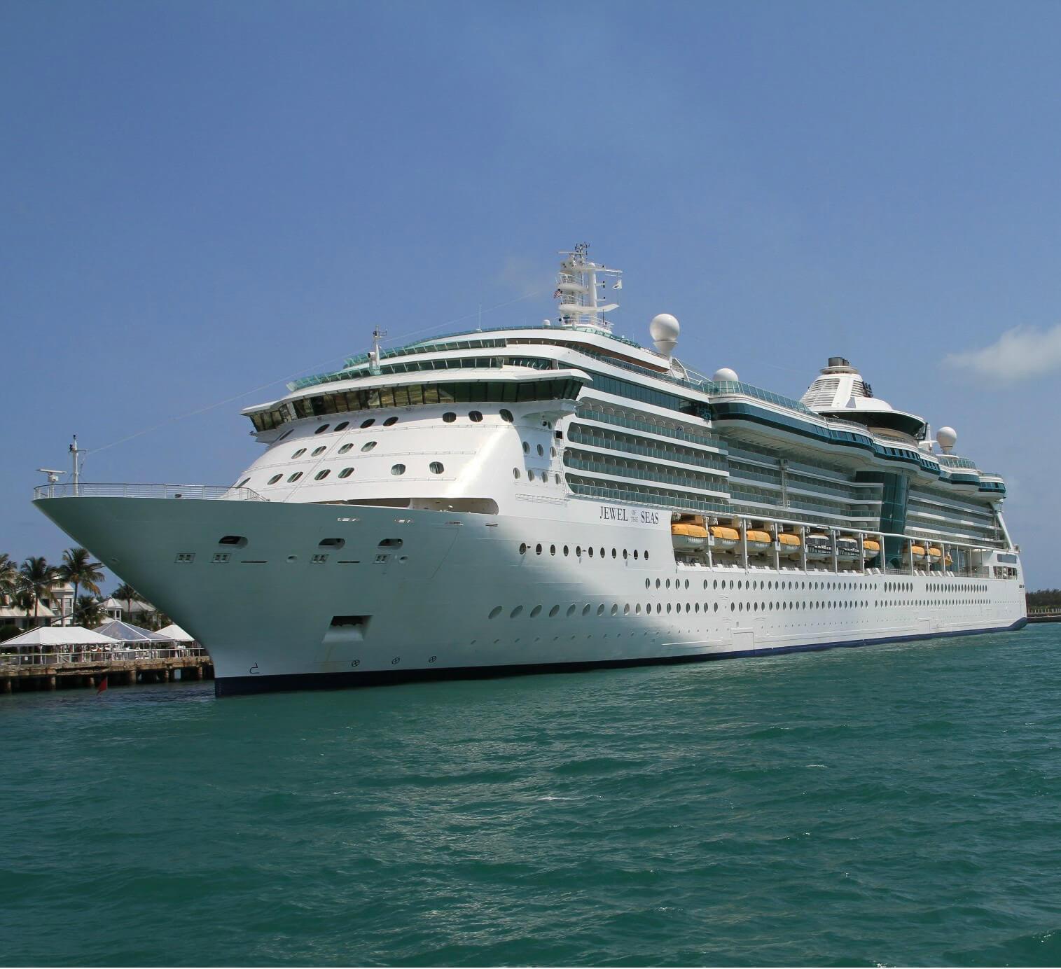 Круизный лайнер Jewel of the Seas