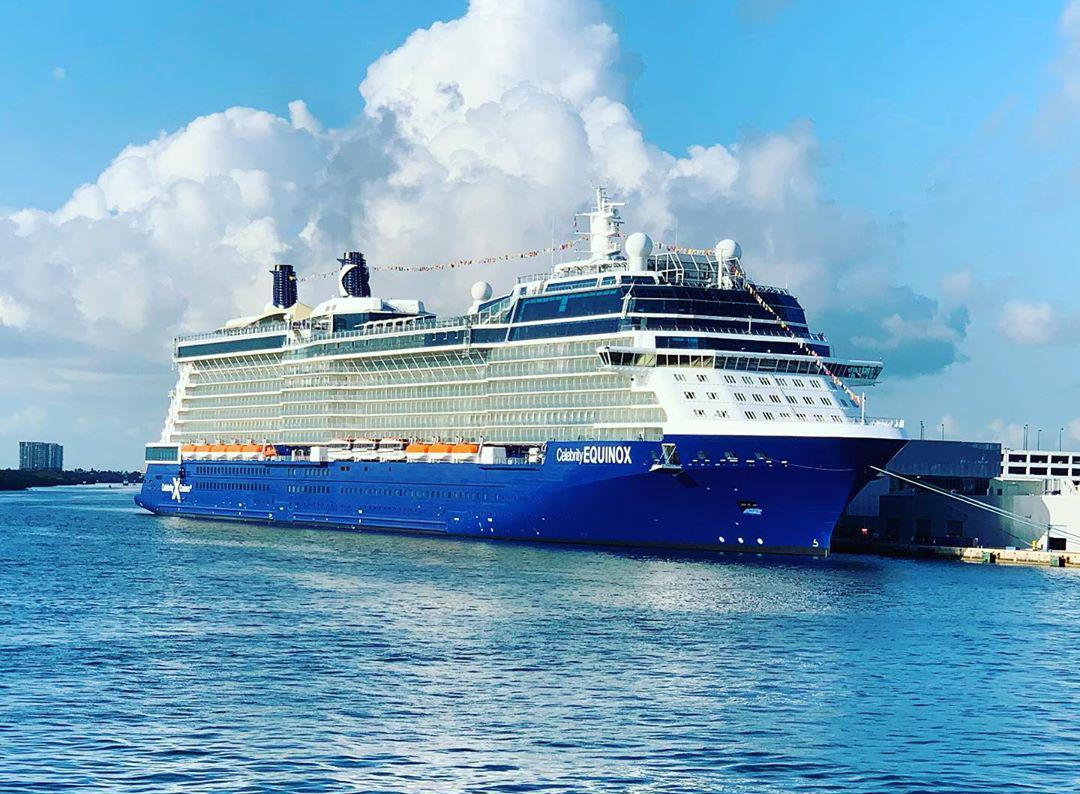 Круизный лайнер Celebrity Equinox