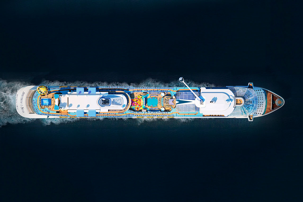 Круизный лайнер Spectrum of the Seas