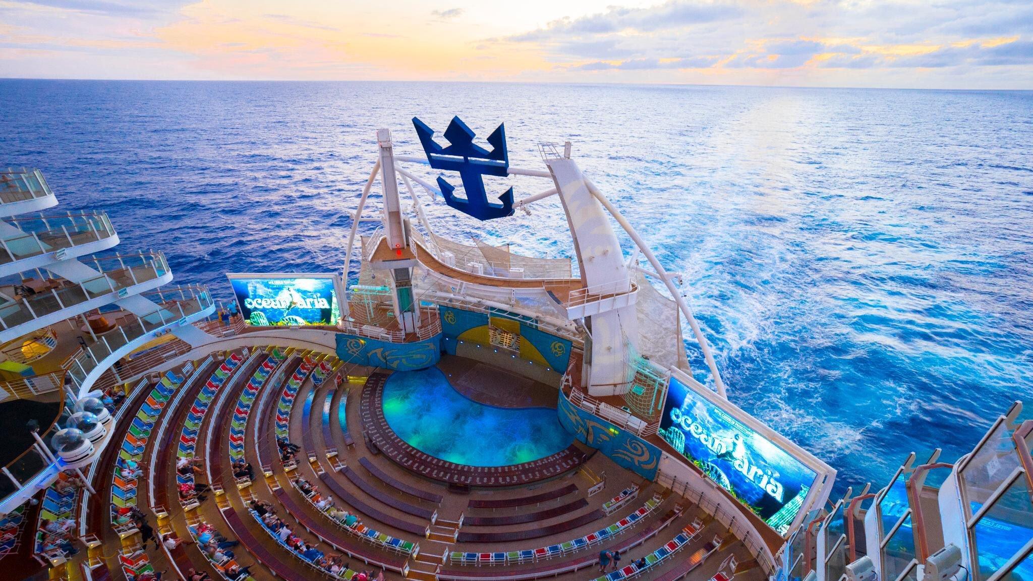 Royal Caribbean - cамые большие круизные лайнеры в мире.