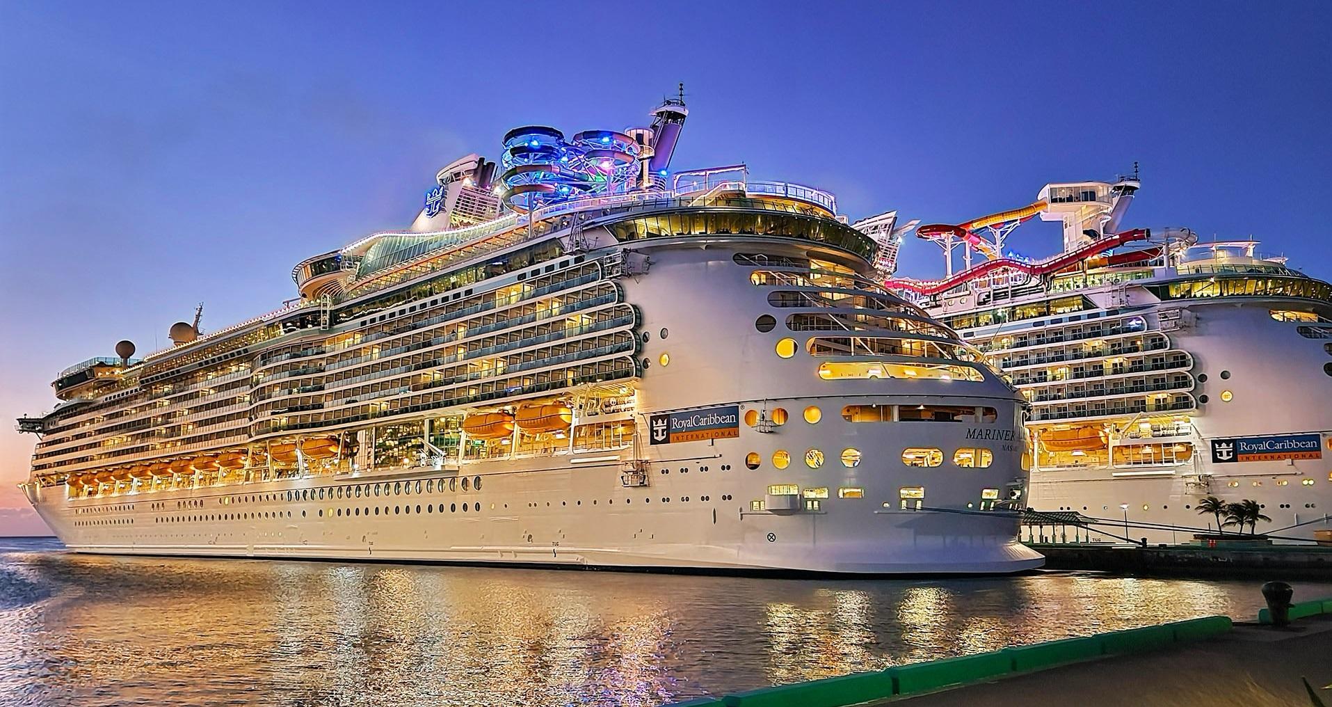 Royal Caribbean выпускает график возвращения оставшихся лайнеров в море